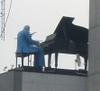 0325pianist1